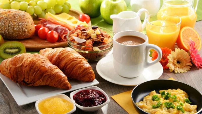 Por qué es importante consumir un desayuno saludable? aquí te explicamos –  brechero.com